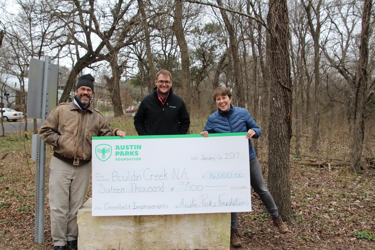 Austin Parks Foundation Grants Bouldin Creek Neighborhood Ass'n with a check for $16k